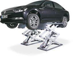 Scissor-Lift-DS-35-VW-Passat-MI(1)